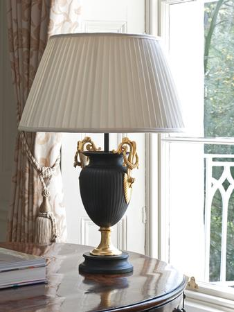 Vaughan Designs table lamp