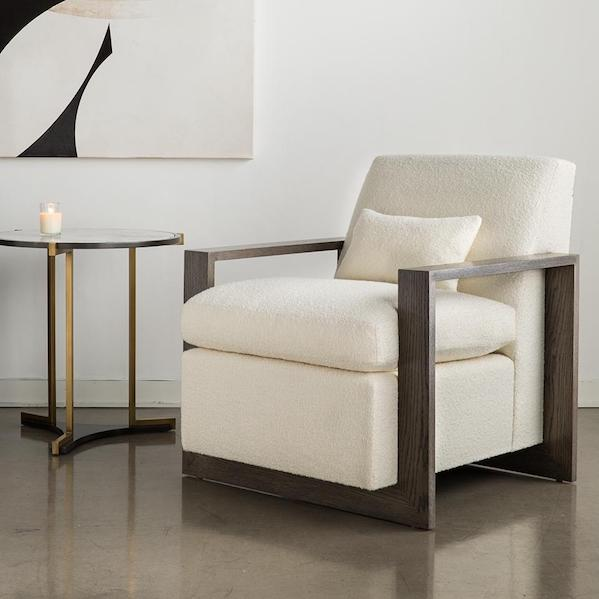 Quintus modern room and chair