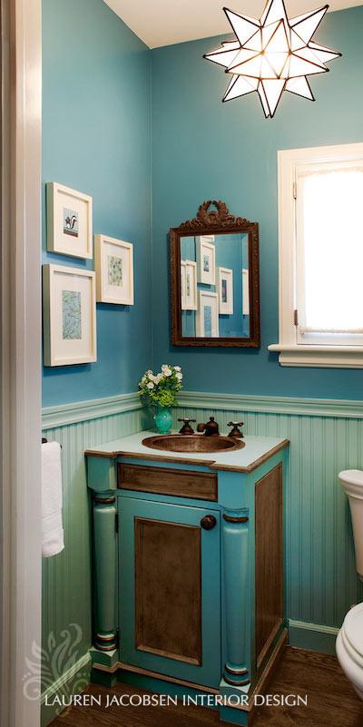 Lauren Jacobsen Design – blue powder room